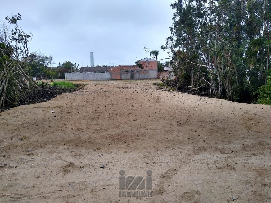 lote 13 x 30 = 390m²