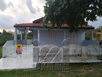 Casa em Matinhos próximo ao mar
