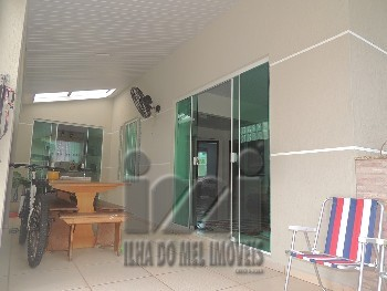 Casa com 3 dormitórios em Guaratuba