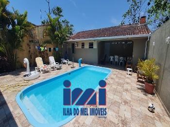 Casa em Monções com piscina