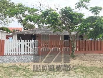 Casa com 3 dormitórios em Shangri-lá
