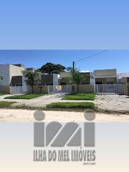 Casa geminada em Guaratuba