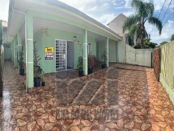Residencia com sobrado nos fundos em Ipanema