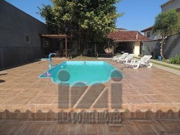 Casa com 3 quartos piscina em Guaratuba