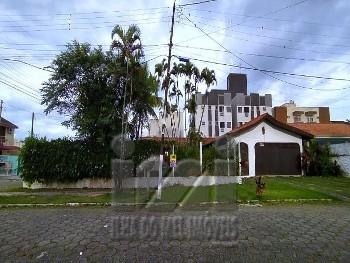 CASA NA QUADRA DO MAR BALNEÁRIO GAIVOTAS