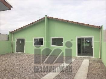 Casa nova com 2 quartos em Piçarras Guaratuba