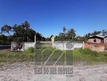 TERRENO DE ESQUINA NO BALNEÁRIO SAINT ETIENNE
