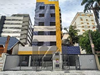 Apartamento com suíte em Caiobá