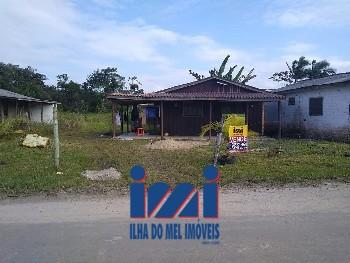 Terreno de esquina no Balneário Solymar