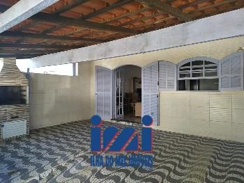 Casa geminada no balneário Betaras