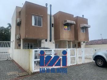Sobrado com 02 dormitórios em Caiobá