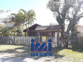 Casa rústica á 300 metros do mar no Gaivotas.