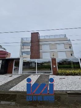 Apartamento alto padrão na quadra do mar