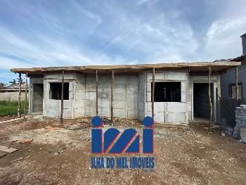 Casa nova com dois dormitórios em Guaratuba