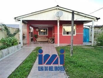 Casa com terreno em Ipanema